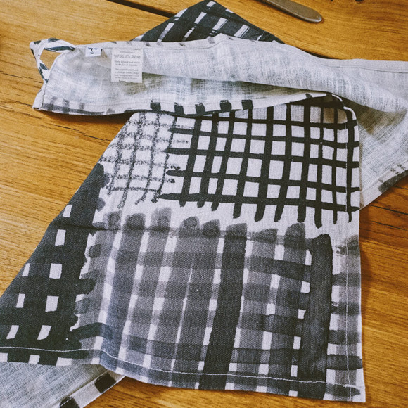 Linen tea towel / Checked pattern