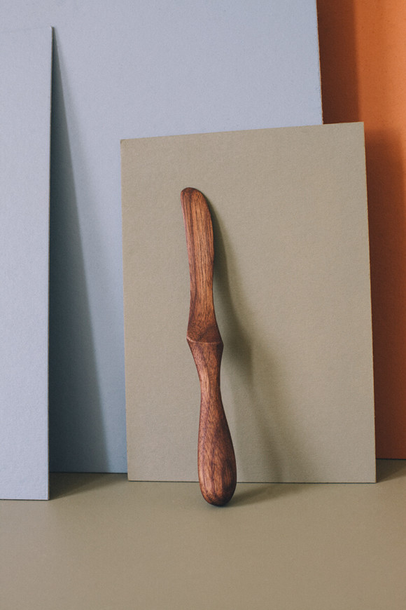 Wooden butter knife / no.2