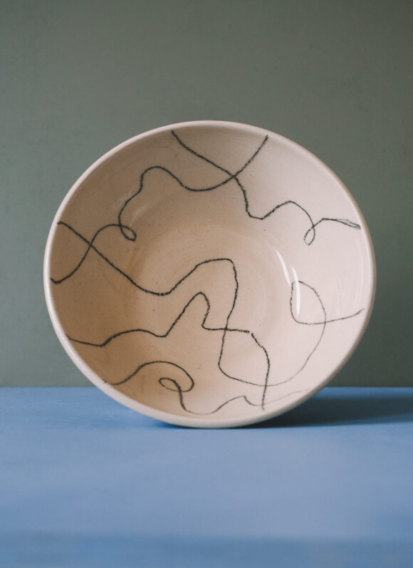 Wavy lines breakfast bowl