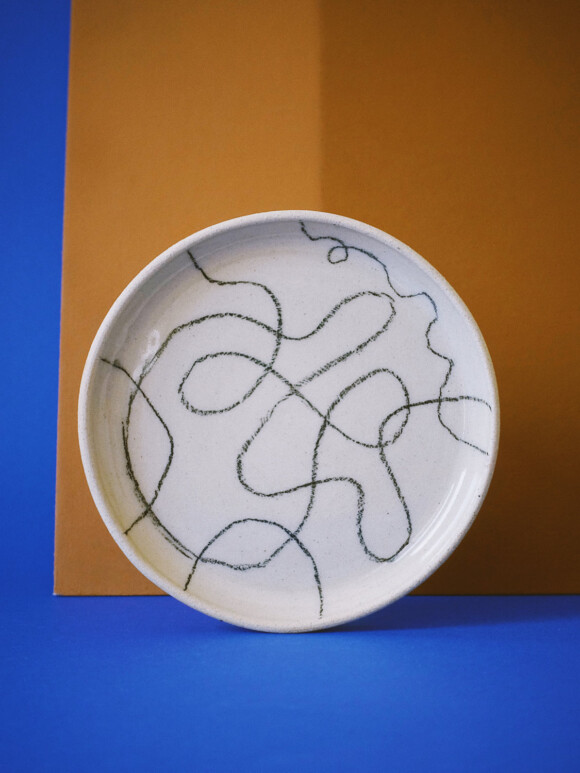 Wavy lines butter plate