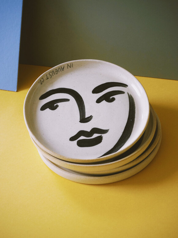 Faces butter plate / Limited edition no.53