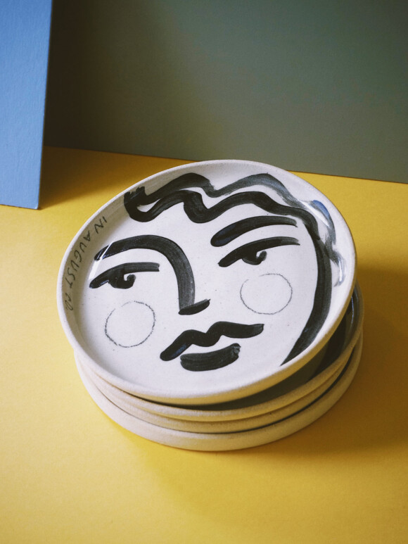 Faces butter plate / Limited edition no.41